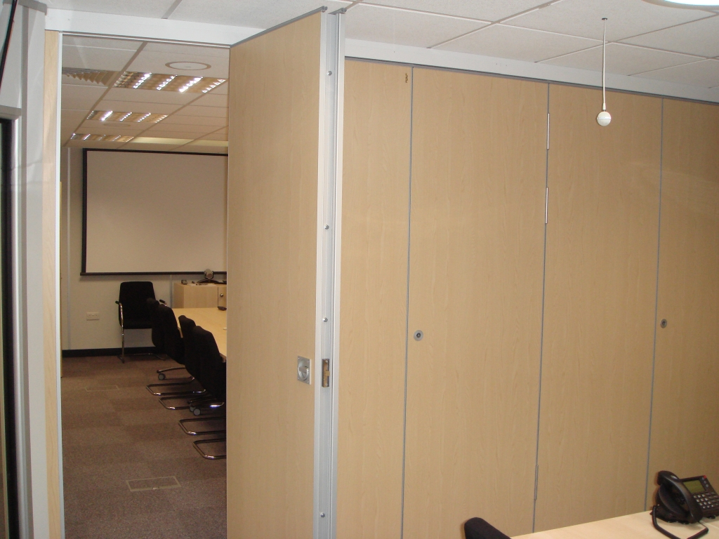 Sliding Office Partition Walls Supplier Northamptonshire