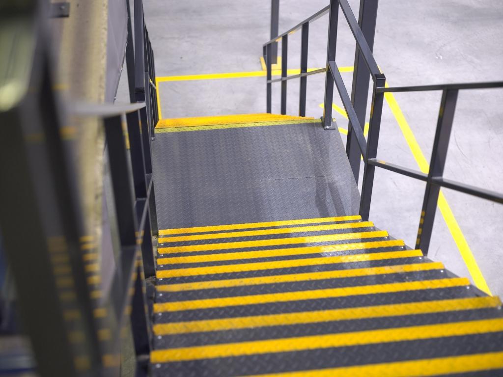 Part M Mezzanine Staircase Landing (3)